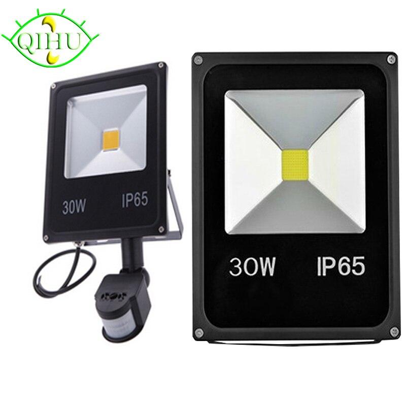 Outdoor Floodlights PIR  LED Flood lights with Motion Sensor  10W 20W 30W 50W Reflector IP65  AC110V 220V  Garden Lamp