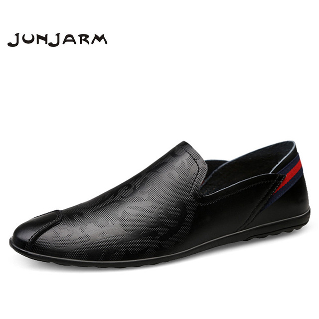 JUNJARM Brand Fashion Summer Soft Moccasins Men Loafers High Quality Genuine Leather Shoes Men Flats Gommino Driving Shoes 38-46