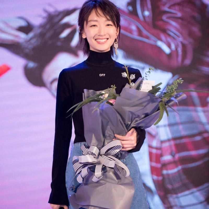 Черная футболка женская 2019 Весна новая вышивка Harajuku водолазка футболка для женщин с буквенным принтом футболки с длинными рукавами повседневные топы