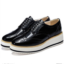 Hot Women's Geat PU Patent Leather Casual Flat Business Platform Oxfords British Carving Designer Fashion Female Footwear Shoes