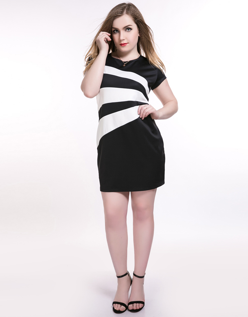 Plus Size 6XL Women Bodycon Dresses Summer 5XL Sheath Dress Big Size Female  Clothes 4XL Large vestidos Short Sleeve Clothes-in Dresses from Women s  Clothing ... ed6a6eaad94f