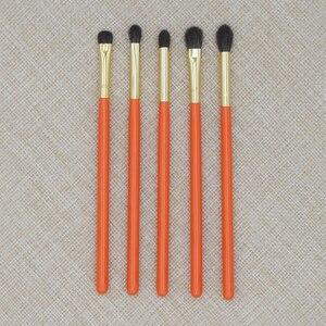 Image 5 - Professionelle Handgemachte Make Up Pinsel Kit Weiche Blau Eichhörnchen Ziegenhaar Lidschatten Präzise Blending Pinsel Orange Make Up Pinsel Set
