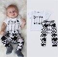 Conjuntos de Roupas Menino de Algodão Recém-nascidos do bebê Primavera Roupas de Outono Da Criança Dos Desenhos Animados Ternos Casuais 2 Pcs Camisa + Calça Curta Crianças Traje bonito