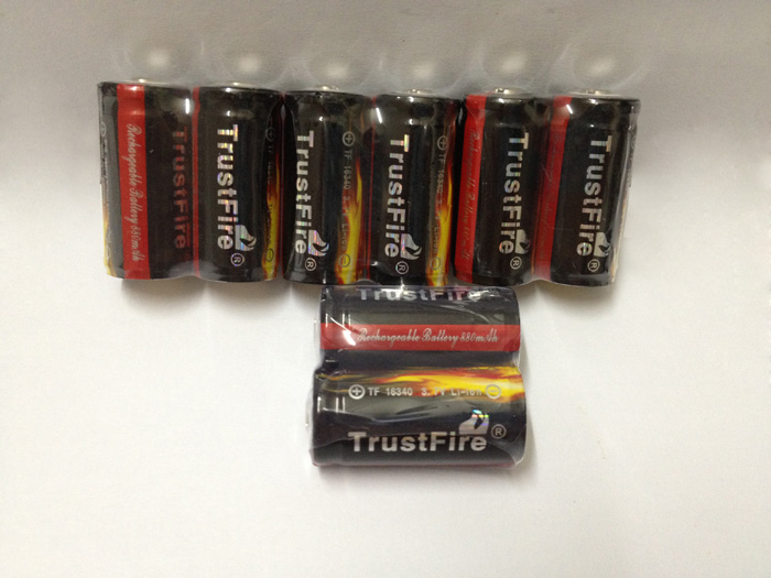 20pcs/lot Trustfire Protected 16340 3.7V Rechargeable Battery Lithium Batteries 880mAh For LED Flashlights/Laser Pen