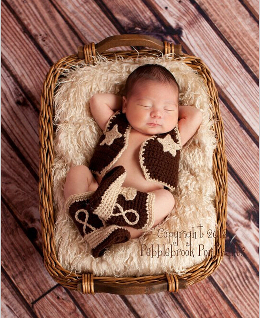 2015 New Baby clothing Cowboy Boots and Vest Set Crochet Pattern Infant Costume Outfit Knitted Newborn Photography Photo Prop
