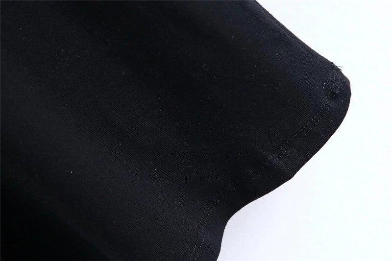 Lilletikandiga must või valge särk