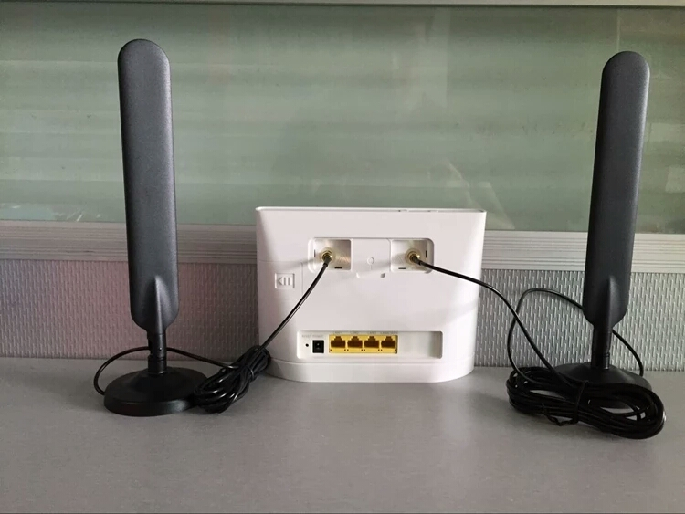2pcs Huawei B593 E5186 External Antenna Two SMA connectors( router not included) with Magnet Base