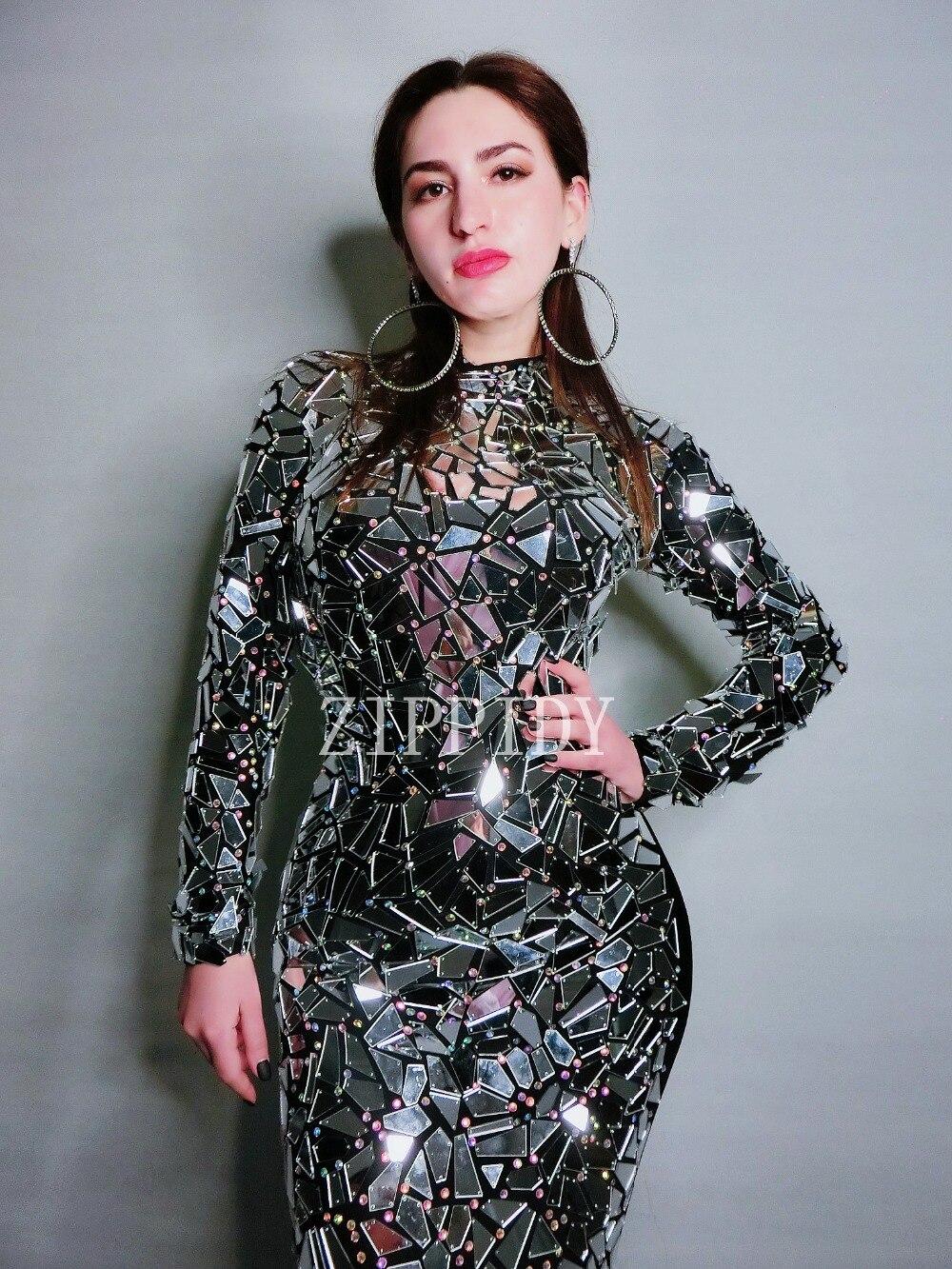 Kadın Giyim'ten Elbiseler'de 2019 Sparkly Yeni Tasarım Parlak Tam Aynalar uzun elbise Kadın Siyah Elbise Taklidi Kostüm Kutlamak Elbise'da  Grup 2