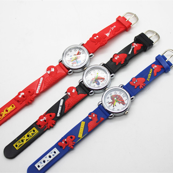 Hot sale fashion spiderman watches children watch cute cartoon watch kids cool 3d rubber quartz for Spiderman watches