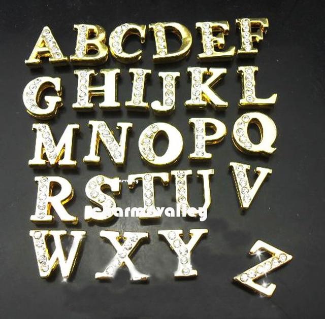 Envío Gratis, 520 piezas 8mm medio diamante de imitación de oro A Z letras deslizantes, dijes deslizantes, cuentas de deslizamiento DIY pulseras de 8mm, llaveros-in Amuletos from Joyería y accesorios    1