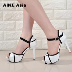 Летняя женская обувь на полой подошве с пряжкой повседневная обувь в европейском и американском стиле с открытым носком на высоком каблуке ...