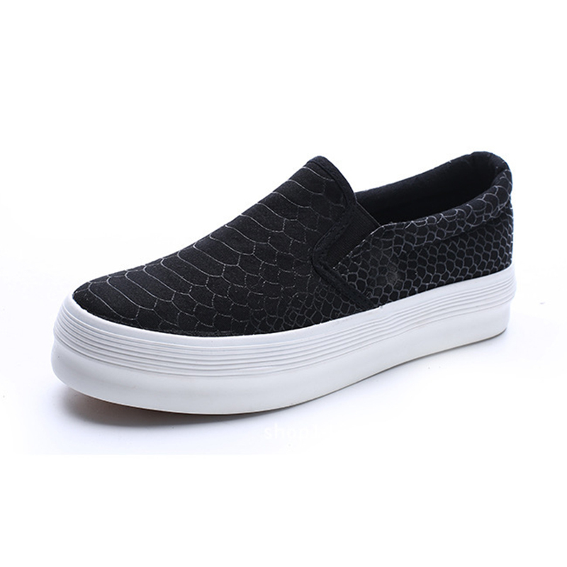 b6166fa4fc3 Snake PU Embossed Leather Flat Platform Shoes Woman Flats Elevator shoes  Fashion Style women Flats Comfort shoes White Black Red-in Women s Flats  from Shoes ...