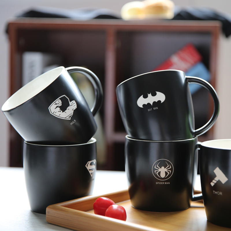 2016 Marvel Hero black/red/<font><b>white</b></font> coffee mug and milk <font><b>cup</b></font> with spoon <font><b>cool</b></font> novelty cartoon water bottle