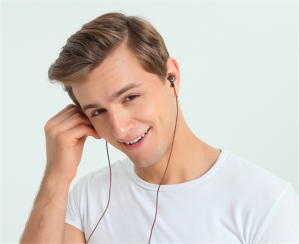 KZ_ZSE_Special_Dynamic_Dual_Driver_Earphone_In_Ear_Gaming_Headset_Audio_Monitors_Headphone_HiFi_Music_Sports_Blue_Earbuds (15)