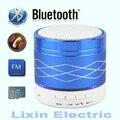 Mini luz Bluetooth Speaker TF USB Rádio FM Caixa de Som Portátil de Música Alto-falantes Subwoofer com Microfone Sem Fio para iOS Android