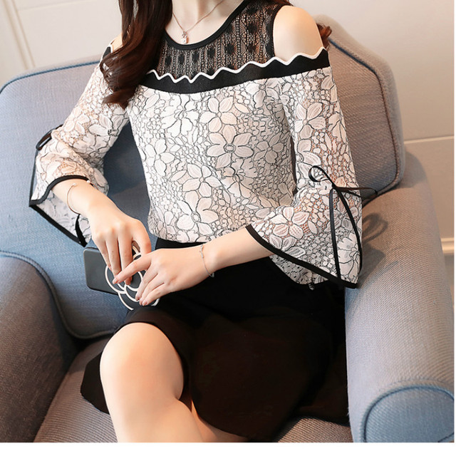 2018 New Women's Fashion Lace Chiffon Stitching Blouse Flare Sleeve Top Lace O-neck Blouse Strapless Sexy Women Clothing D597 30