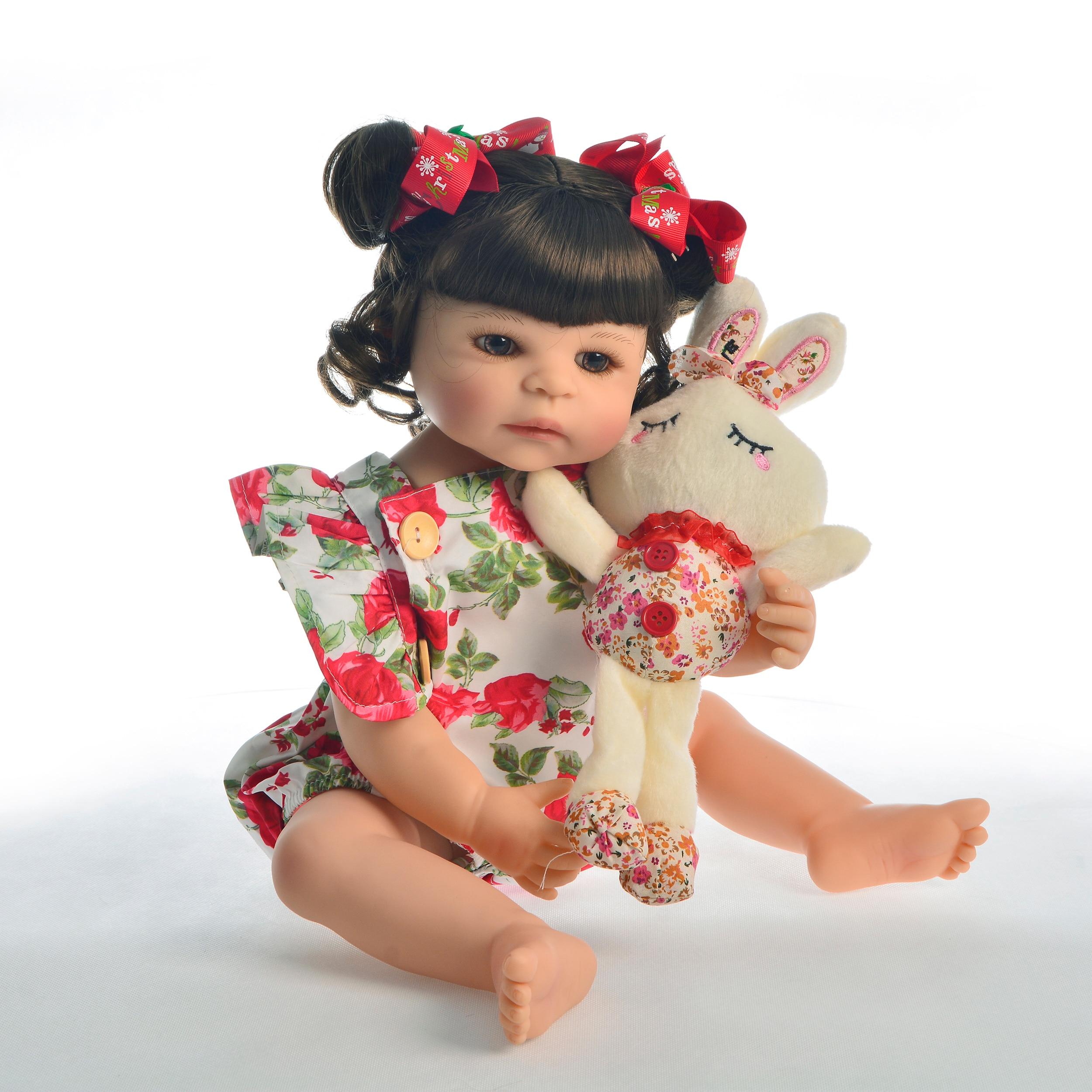"""Oyuncaklar ve Hobi Ürünleri'ten Bebekler'de Sıcak Satış 22 """"55 cm Silikon Tam Vücut Yeniden Doğmuş Bebek Bebek Oyuncak Kız Için Prenses Bebekler Oyuncak Giyim Gül romper Çocuk doğum günü hediyesi'da  Grup 2"""