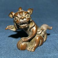 Old Antique Chinese Pure Handwork Solid Copper Lion Paly Ball Collectible Statue