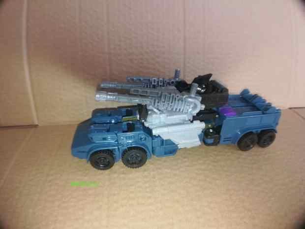 Transformacja Lensple 5 w 1 Ko nowy Desigh Bruticus klasyczna dopasowana wojna seria G Mix dzień Leopard figurka robota zabawki