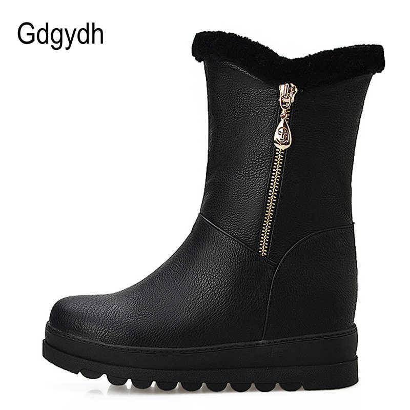 Gdgydh rosyjskie buty zimowe dla kobiet pluszowe wewnątrz 2018 New Arrival moda łańcuch ciepłe futro kobiety śnieg buty Slip-on duży rozmiar 43
