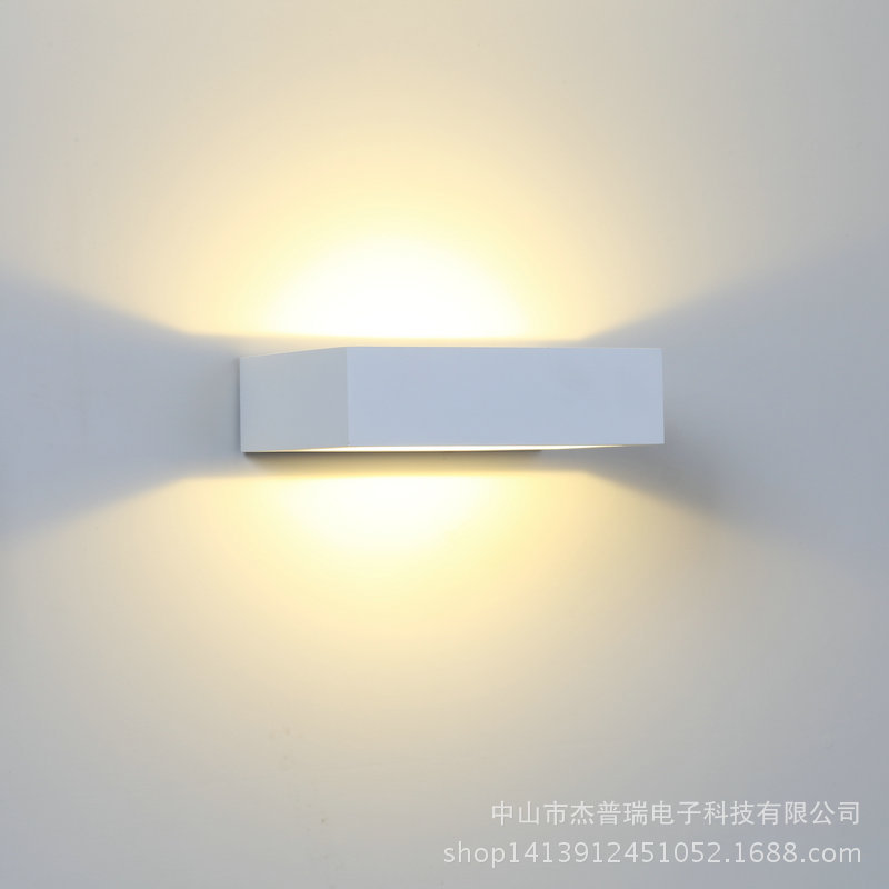 Modern Brief Cube Surface Mounted 5W LED Wall Lamp indoor Aluminum Led Wall Lights Home Light Sconce Led stair light 90~260V 10pcs lot 10w led indoor wall lamp surface mounted outdoor cube lamparas de pared white up and down wall light for home lamp