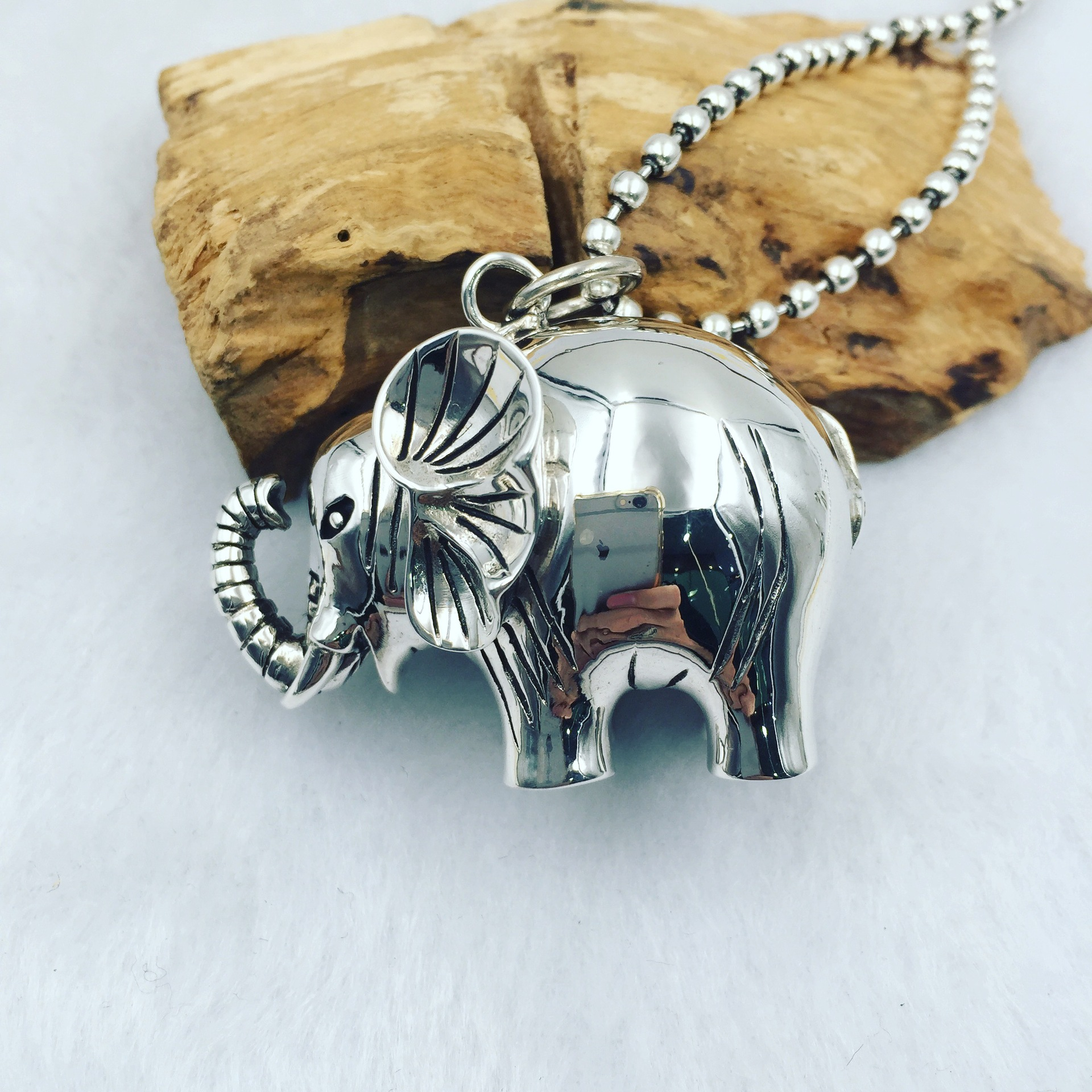 S925 Pure Silver Elephant intime smooth silver pendant male and female silver pendant s925 pure silver personality female models new beeswax