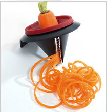 1 PC Prático Funil Espiral Vegetal Slicer Grater Shred Dispositivo Cenoura Julienne Cortador Espiral Slicer Cozinha Acessórios KX 015