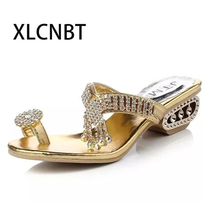 Ladies flip flop flash home slides women shoes masonry med heels beach sandals females crystal flip flop sea free shipping crocs huarache flip flop