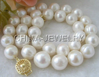 "W&O653 >>>Huge 18"" 10-12mm white round FW pearl necklace"