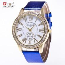 Модные римские масштаба Gold Diamond сплава циферблат синий кожаный ремешок 20 мм Для мужчин пары Роскошные Кварцевые часы черный часы красный saat C398
