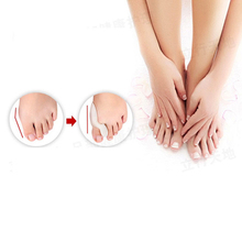 2 pieces Silicone Gel Feet Care Bunion Toe Separator Big Bone Hallux Valgus Thumb Valgus Protector Braces Professional Pedicure