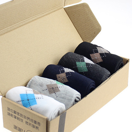 Good Quality Hot Sale New Fashion Brand Quality Business Men's Socks 5 Color Rhombus Printing Autumn Winter Casual Sock For Men