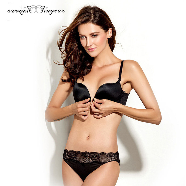 Free Shipping Unique New Bra Panti Photo Black Color V Shape Girls Sexy Undergerments Wide Lace