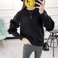 2018 Autumn Winter New Plush Pearl Pullovers Sweaters Solid Women Fashion Long Sleeve Knitted Tops Loose Short Sweater