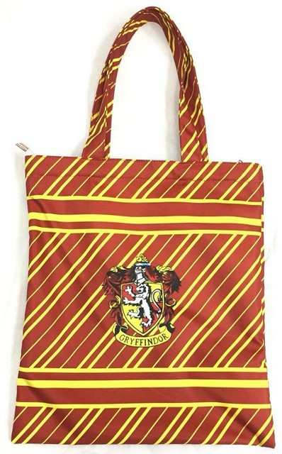7ea55526de47 2018 Top Hot Sale Zipper Character Canvas Shopping Bag Harri Potter  Gryffindor Mom Women s Handbags Tote