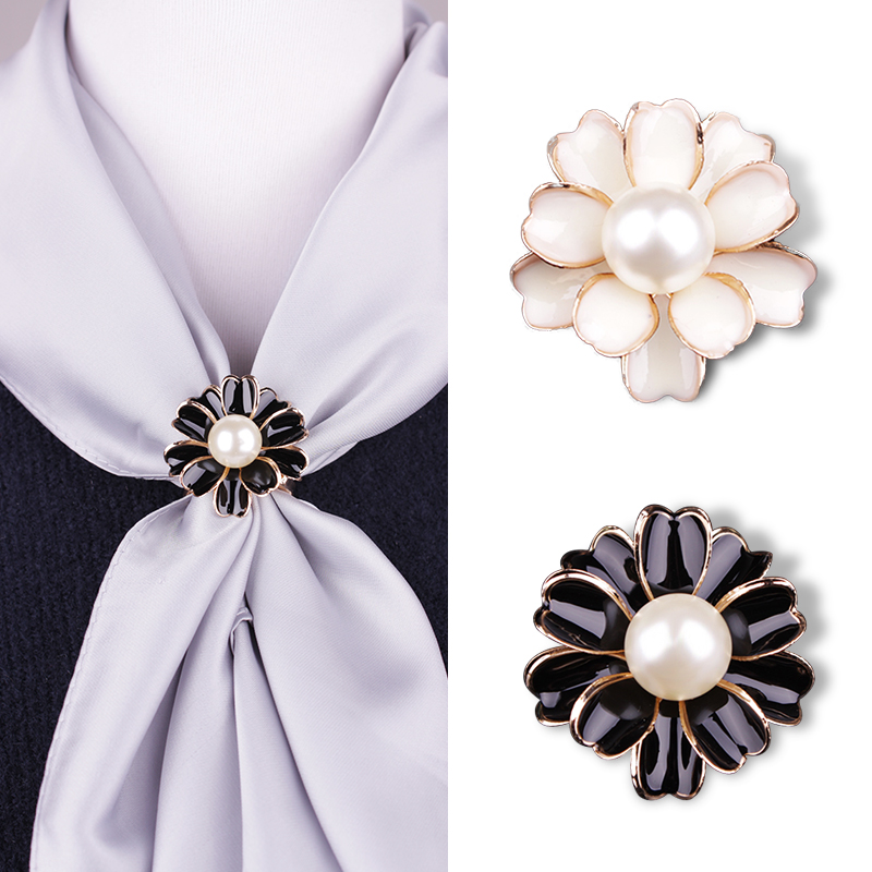Flower Brooches Pearl Pins Brooch chain.scarves buckle clothing acessories for women