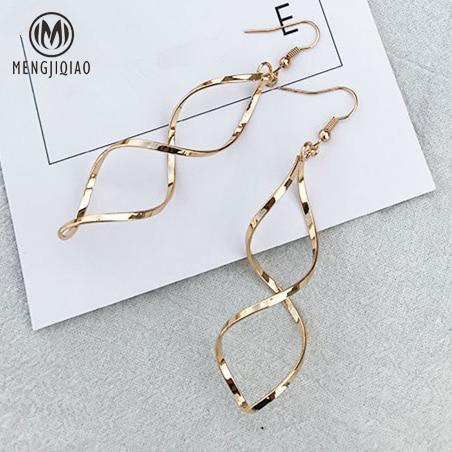 2017 Korean Minimalist Style Spiral Ear Line Drop Earrings Trendy Metal Joker Wave Curve New Design Statement Earrings