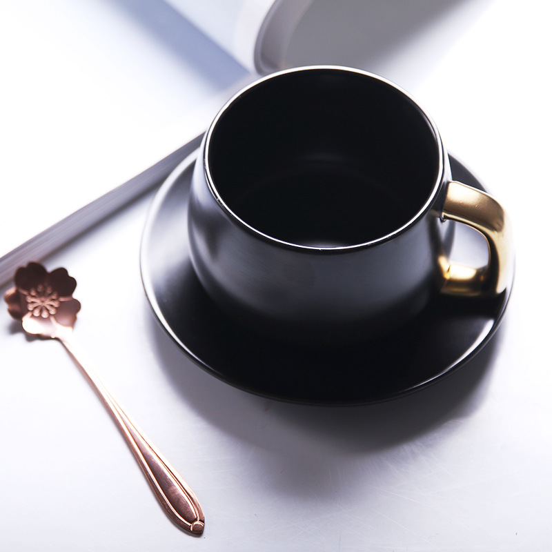 300 ml einfache Europäischen kaffee tasse und untertasse Paar kaffee becher Geschenk keramik tasse Büro becher Milch frühstück tasse - 4