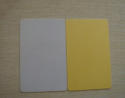 100 pcs/lot  Printable blank PVC card Non chip with Yellow sticky paper for Dye Sublimation printer100 pcs/lot  Printable blank PVC card Non chip with Yellow sticky paper for Dye Sublimation printer