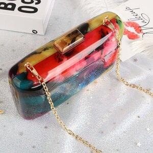 Image 3 - 아크릴 클러치 백 여성 이브닝 백 아크릴 가방 다채로운 인쇄 무작위 패턴 여성 숄더 가방 클러치 지갑 ZD1163