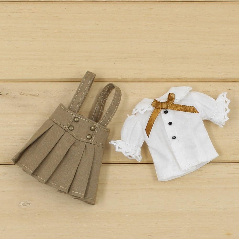 Middie Blythe Doll White Shirt Brown Skirt Uniform 3