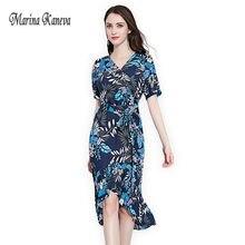 a6912ae6e 2018 الصيف اللباس عيد المرأة ديب v طباعة فستان مثير الصيف الأزرق الكشكشة  زائد حجم 4xl اللباس شاطئ النساء ملابس رقيقة الفتيات