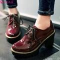 QUTAA 2017 Quadrado Preto Mulher de Salto Alto PU de couro de Patente ankle Boots Mulheres Sapatos Lace Up Senhoras Tamanho Botas de Motociclista 34-43