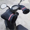 1 Par Manillar de La Motocicleta Guantes Impermeables de Invierno Cálido Apretón de Mano Cubierta Reflectante