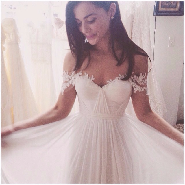 Sale – Off Shoulder Bohemian Pleat Appliques Chiffon Beach Wedding Dress