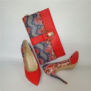 Image 4 - מותג אביב קיץ נשים גבוהה עקבים נעלי הבוהן מחודדת אדום תפרים 10CM משאבות אופנה סקסית נעלי התאמה מצמד תיק a93 9