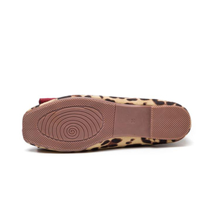 Image 4 - BEYARNELadies Leopard Printed Flats Square Toe Driving Shoes Grey Red Soft Slip ons For Pregnancy Women Breathable Plus SizeE709