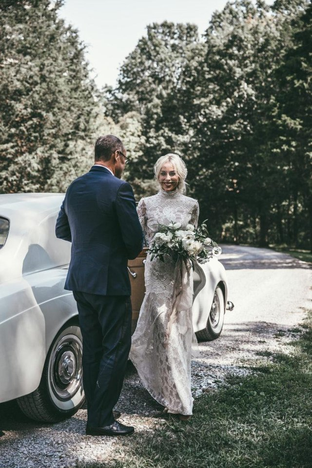 Robe De Mariage 2019 Long Sleeves Wedding Dresses Boho High Neck Exquisite Lace Backless Chic Dress Bridal Gowns