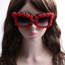 Brand Designer 2017 Sunglasses Women Red Flower Baroque Style Luxury Sunglasses For Ladies Beach Summer Eyewear