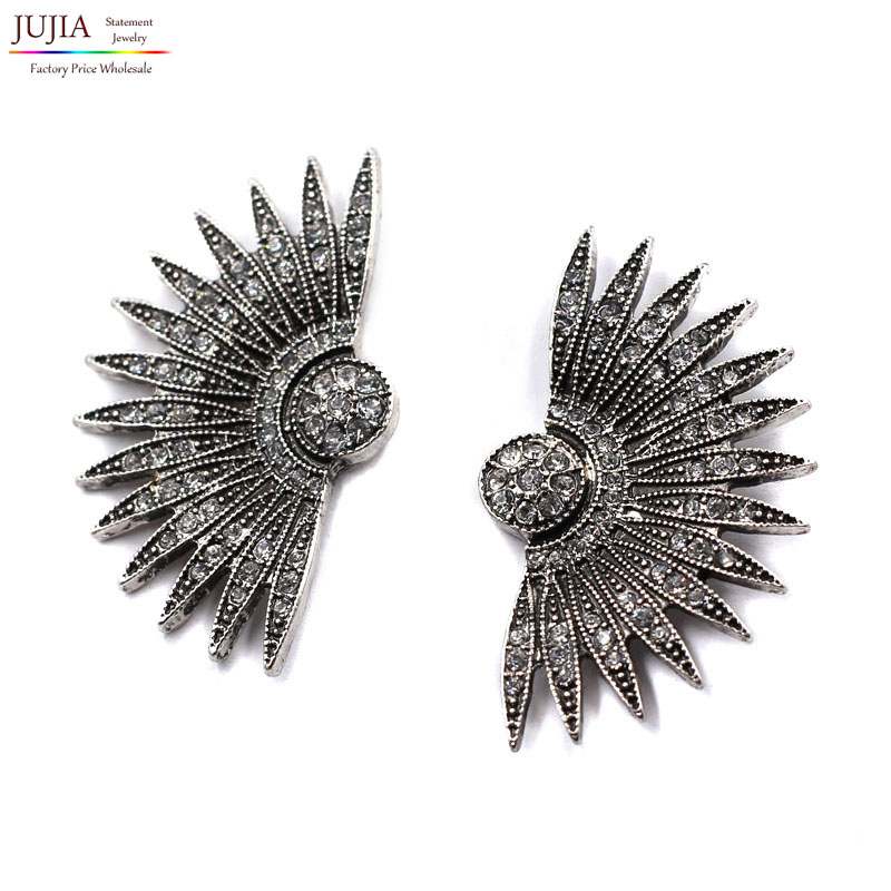 Fashion trend 2019 baru fanshaped anting-anting vintage yang besar pernyataan Stud Earrings